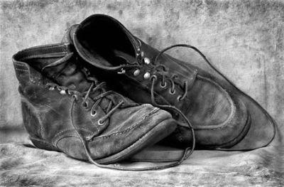 um-par-sapatos-velhos