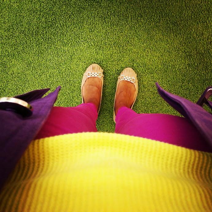 *sparklingly (http://sparklingly.blogspot.com)