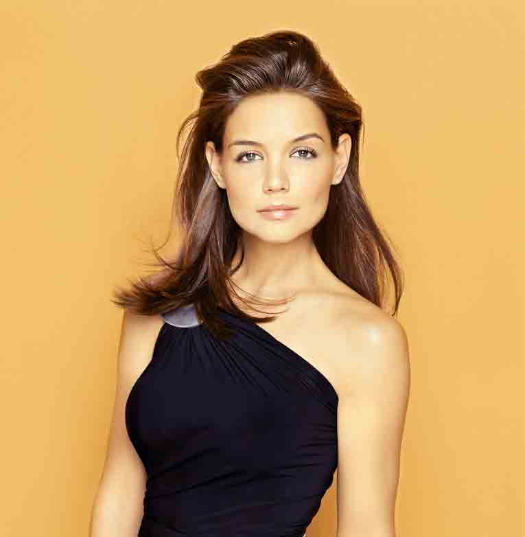 katie holmes height