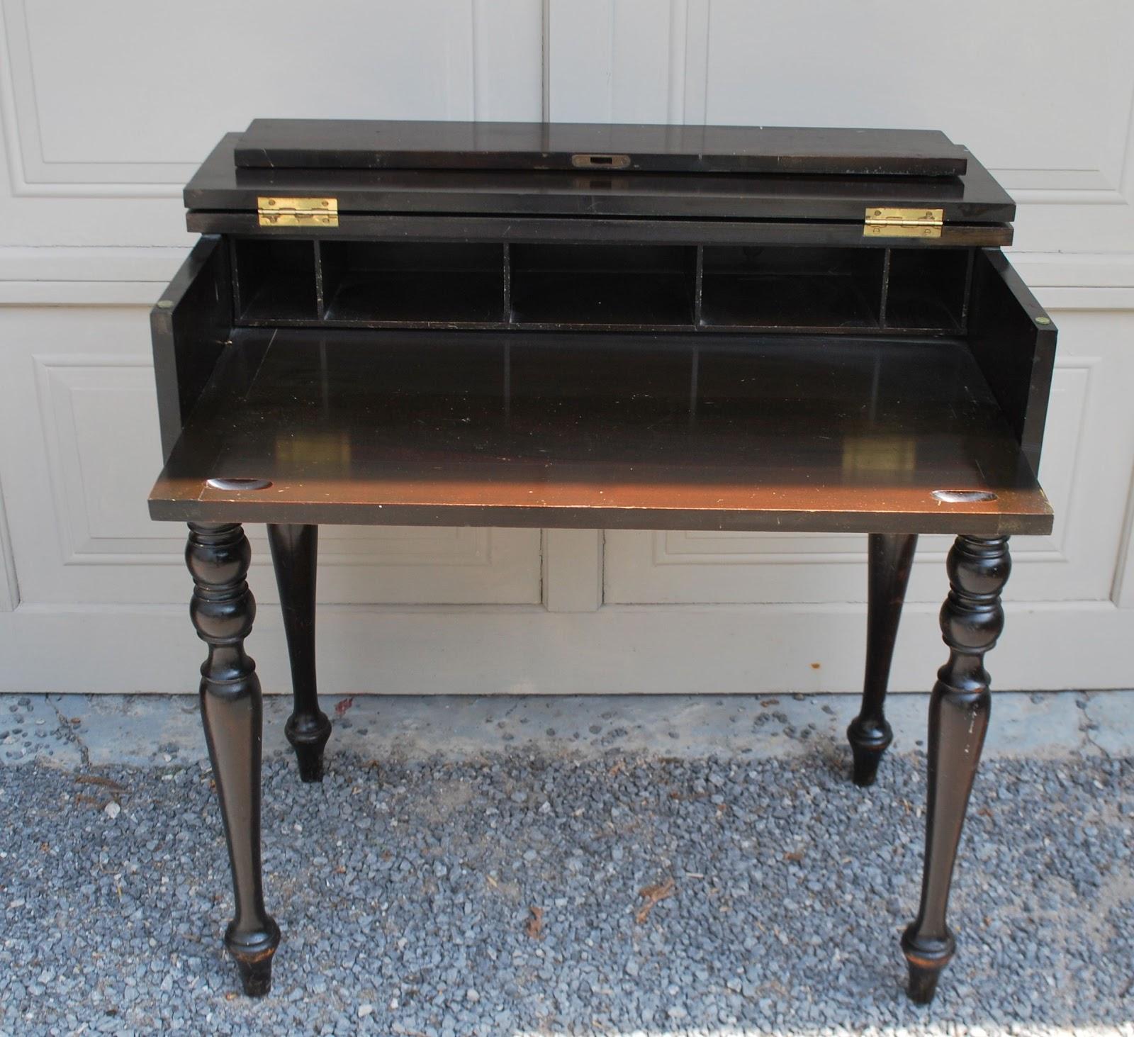 Tribute 20th Decor Antique Mahogany Spinet Desk