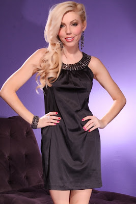 BLACK SLEEVELESS SATIN BEADED NECK KEYHOLE BACK DRESS