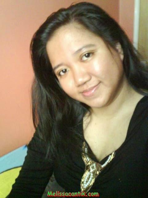 Foto Bugil Gadis Melayu Sedang Pamer Toge Pic 8 of 35
