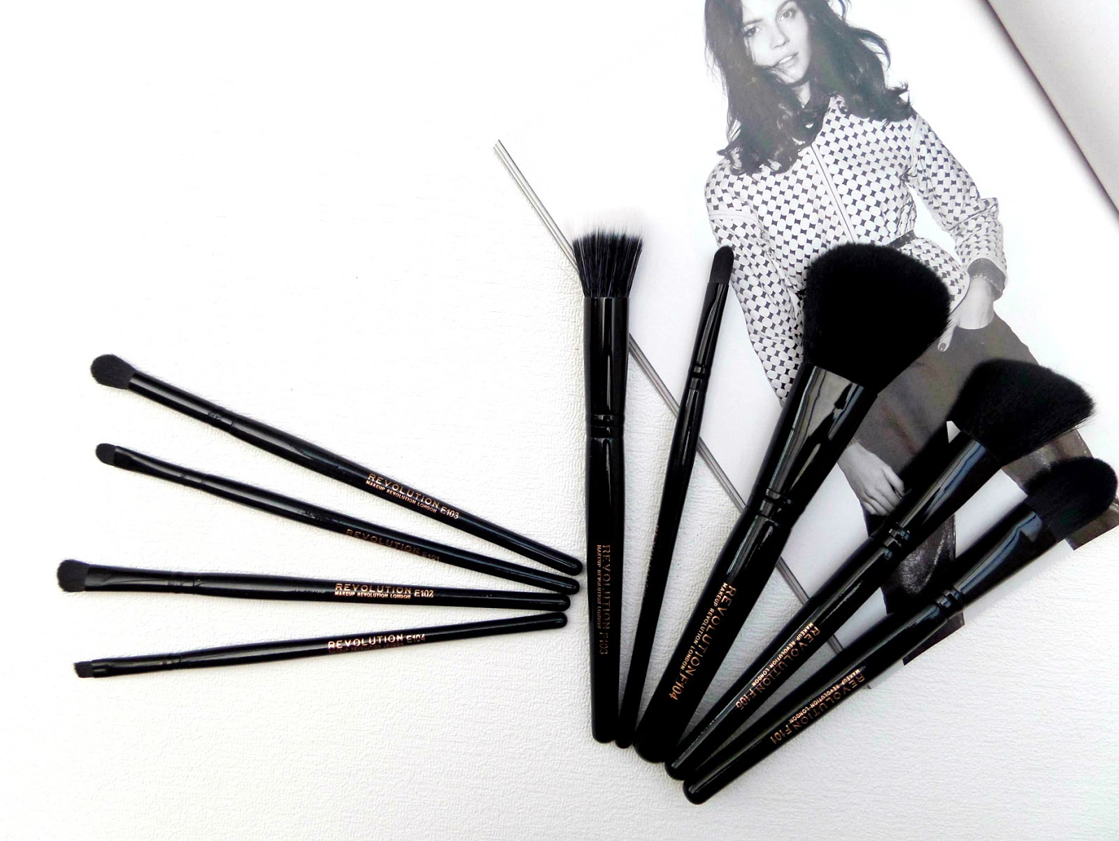 Makeup Revolution Makeup Brushes The review of the entire range