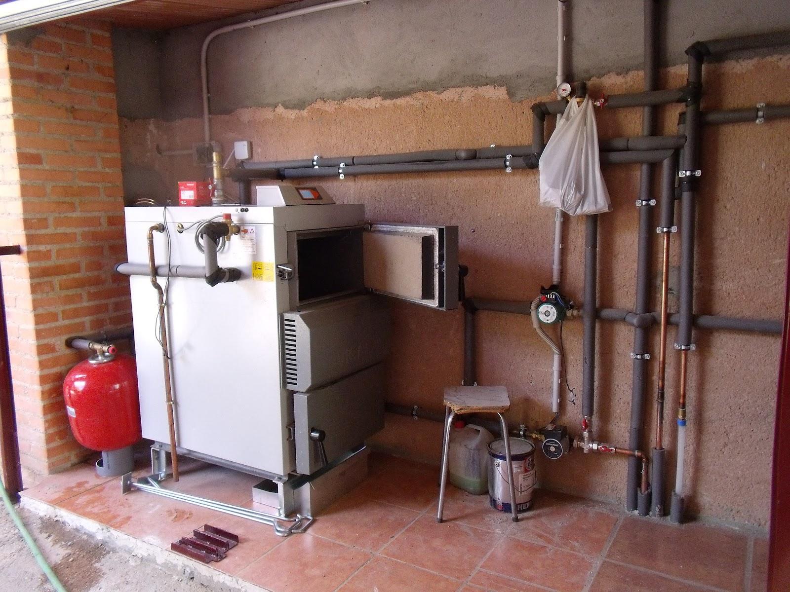 Instalaci n de 6 calderas de le a vigas de gasificaci n y for Calderas para calefaccion central a lena