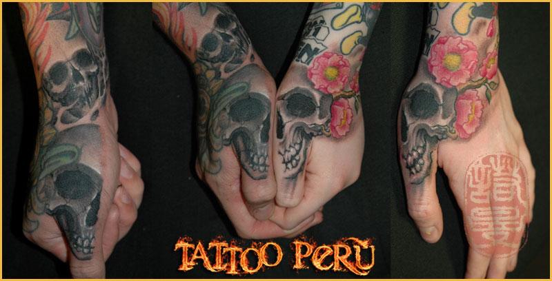 Tipos de Aros para Piercing o Perforaciones. 01_tatuajes_en_las_manos