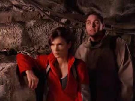 Sofia em outro filme Caverna Maldita.
