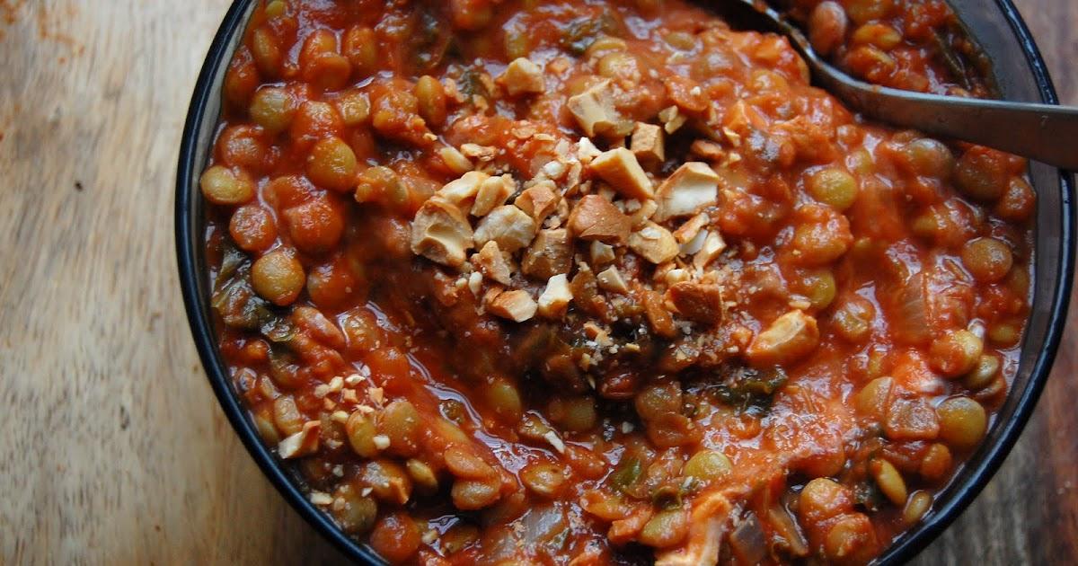 palate/palette/plate: Tomato Lentil Soup with Kale & Cashews