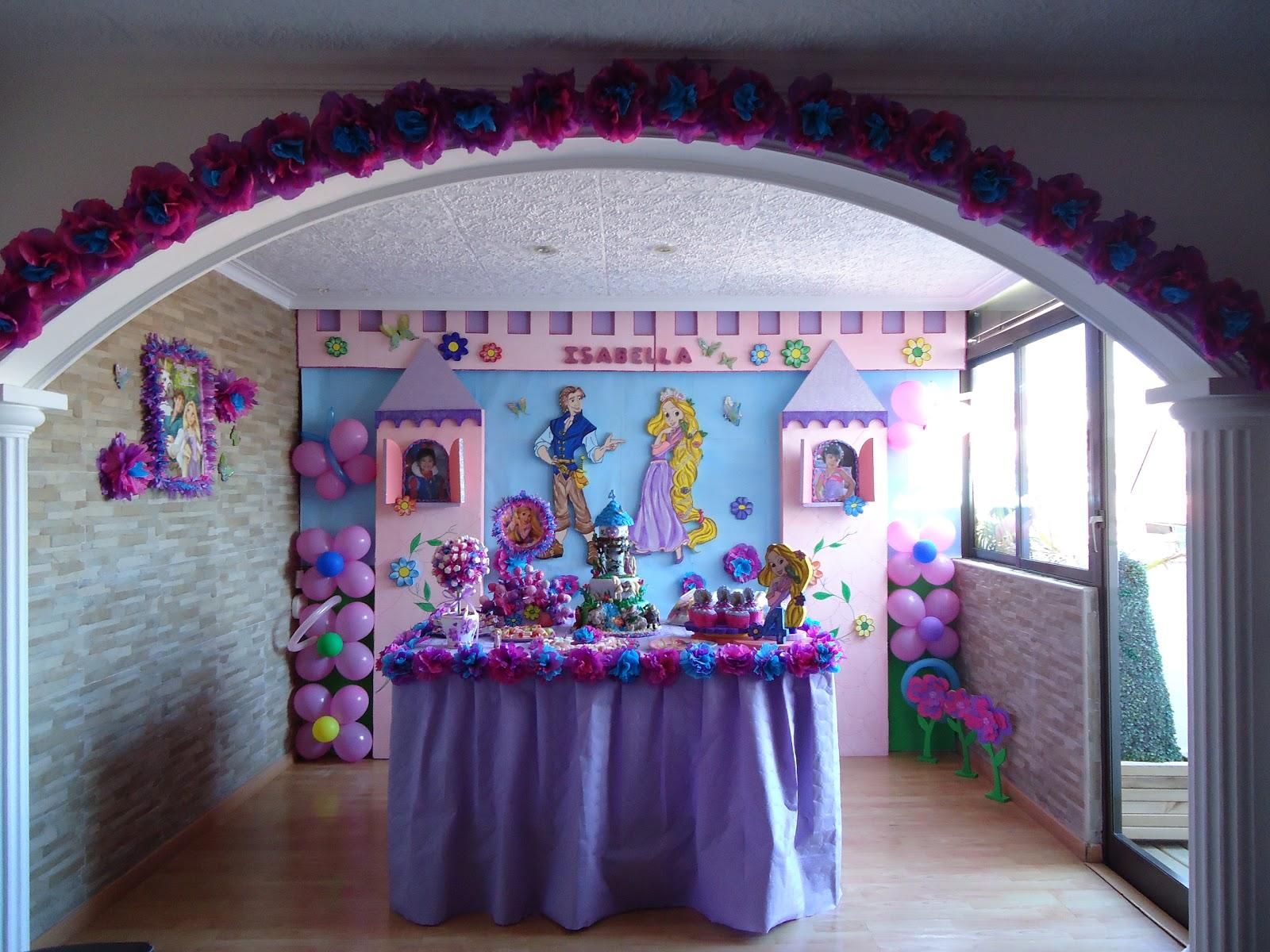 Decoracion Rapunzel Globos ~ En est? torre de Blanca Nieves en su segundo cumple