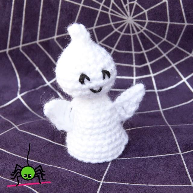 The Itsy Bitsy Spider Crochet: No-Sew Amigurumi Ghost