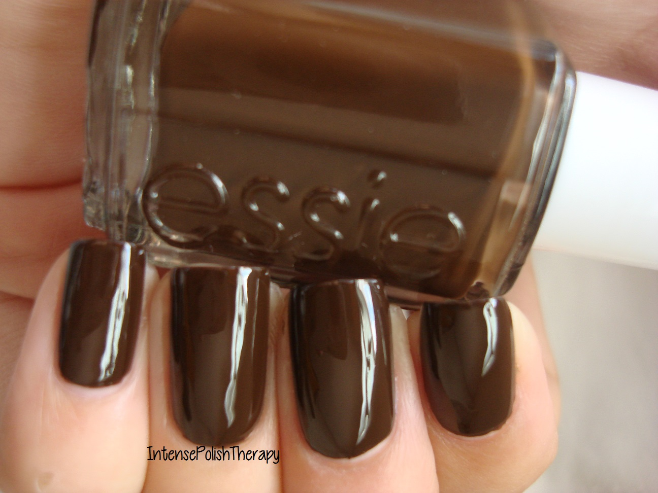 Essie - Little Brown Dress