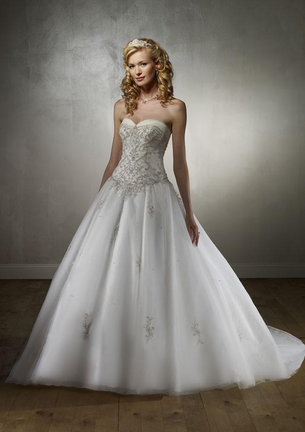 Ballroom Weddings Pic: Ballroom Style Wedding Dress