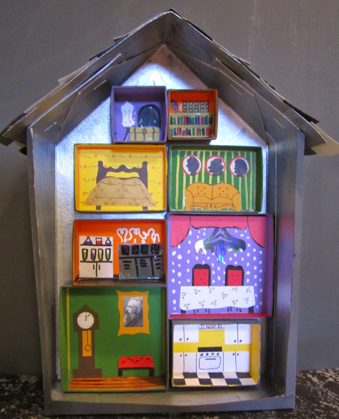 KBB Crafts & Stitches: Miniature Haunted House