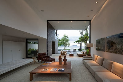 Rumah Minimalis Blends With Nature 10