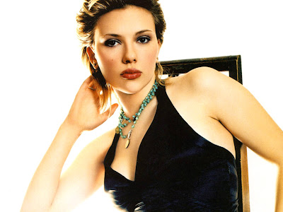 Scarlett Johansson GLAM WALLPAPER look nice