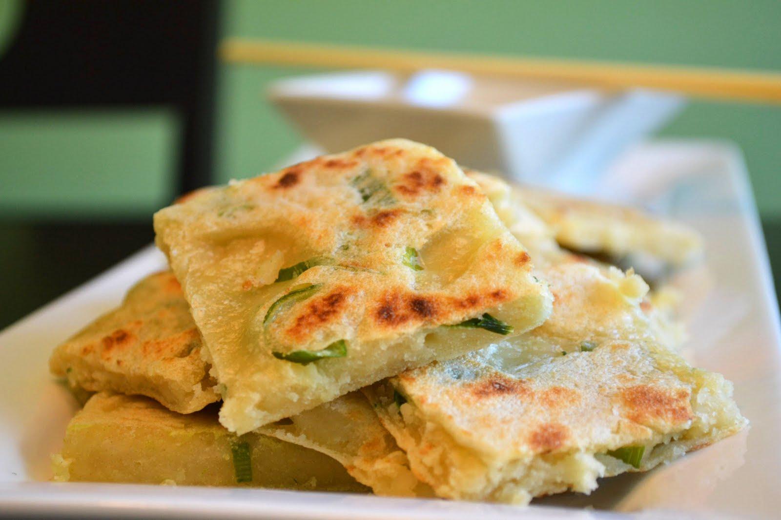 Just Putzing Around the Kitchen: Scallion Pancakes (Cong You Bing)