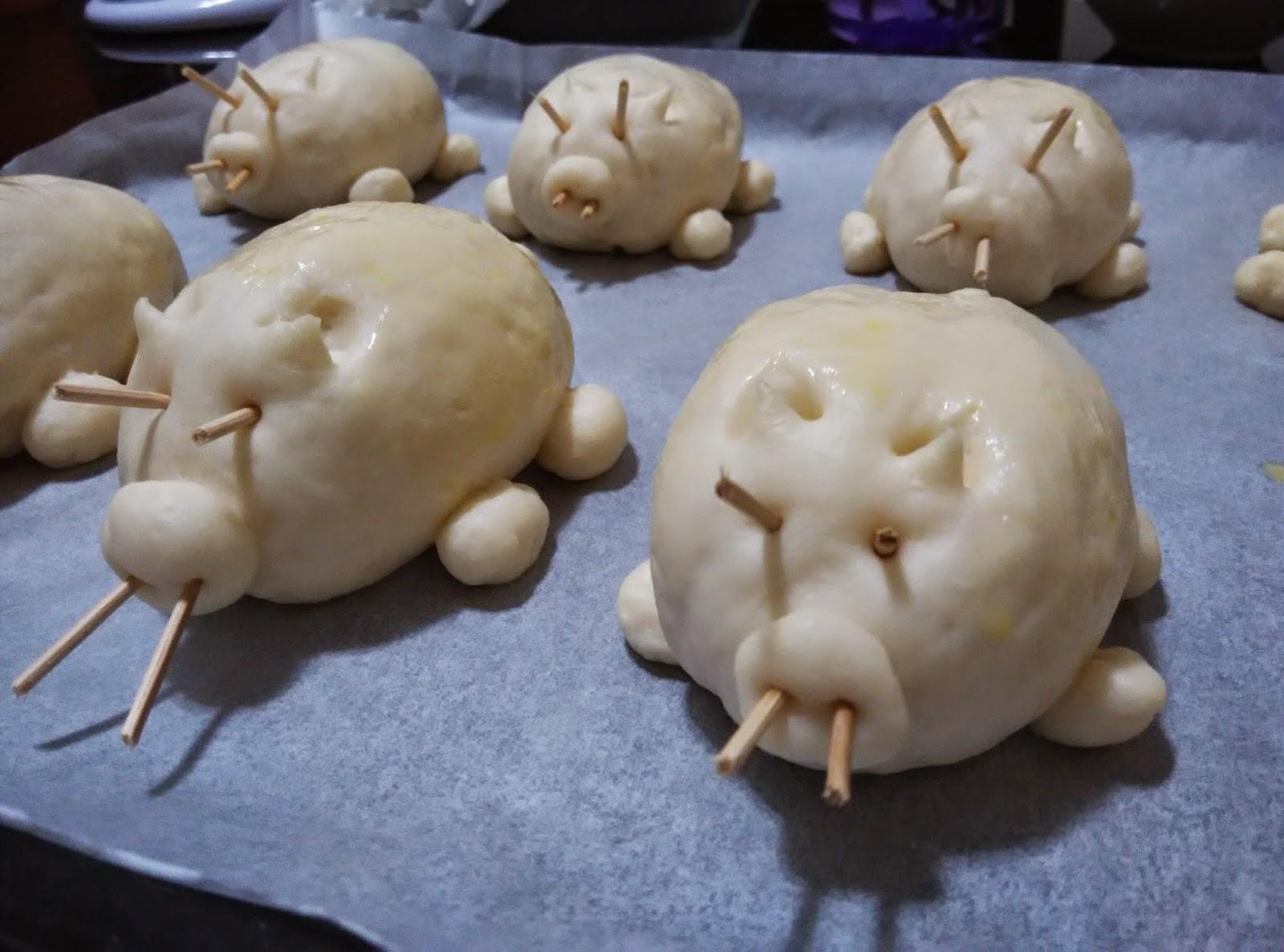 piglet-bread-bun