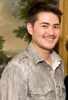 Pregnant man Thomas Beatie: announces split from wife: is there a pregnant man?
