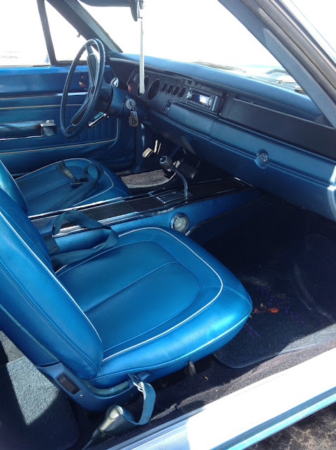 1970_mopar_seats_interior