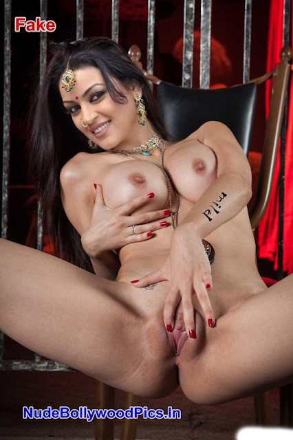 Maryam Zakaria Nude Sqeezing her Boobs & Fingering her Pussy Fake