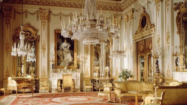 Buckingham Palace Private Apartments http://world-visits.blogspot.com/2013/04/buckingham-palace-beautiful-architects.html