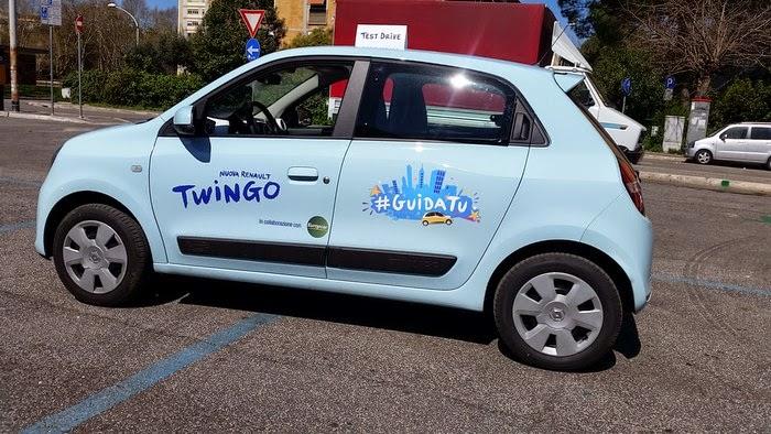 Nuova Twingo Blushopping