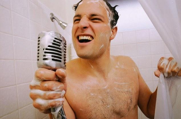 El blog del ba o cantar bajo la lluvia literalmente - Canciones para la ducha ...