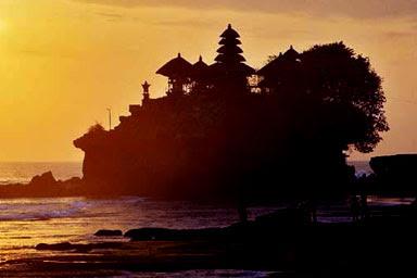 لمعبد بورا تاناه لوت في اندونيسيا (صوور  Pura+Tanah+Lot++3