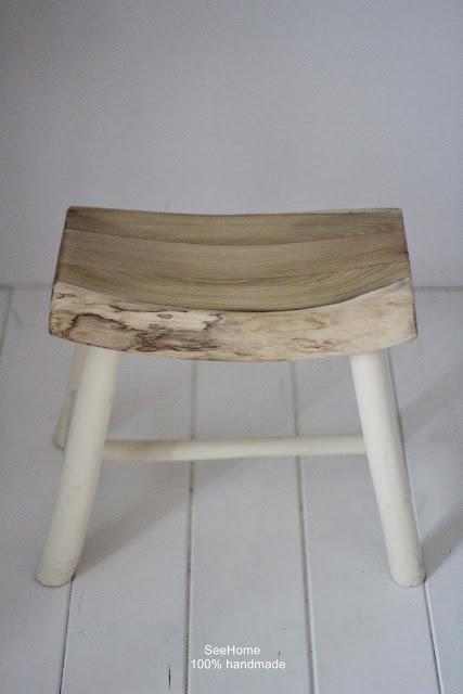 Stołki,Stołek drewniany niski,