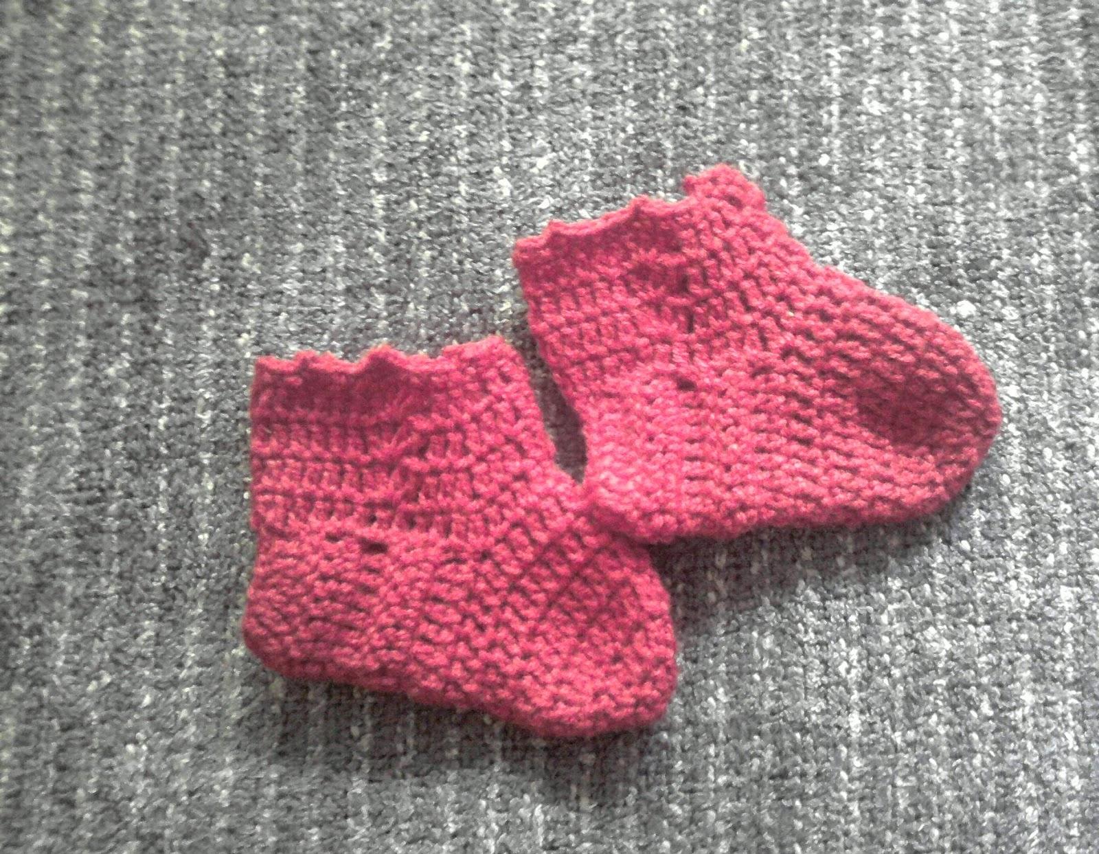 Tejidos a palillo y crochet: Botines de bebé