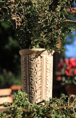 Weller Clinton Ivory Vase - Dryopteris