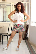Seerat Kapoor New glam stills-thumbnail-17