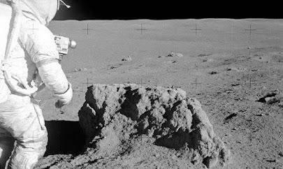 خاک و غبار ماه برای سلولهای بدن انسان بسیار کشنده و مرگبار است