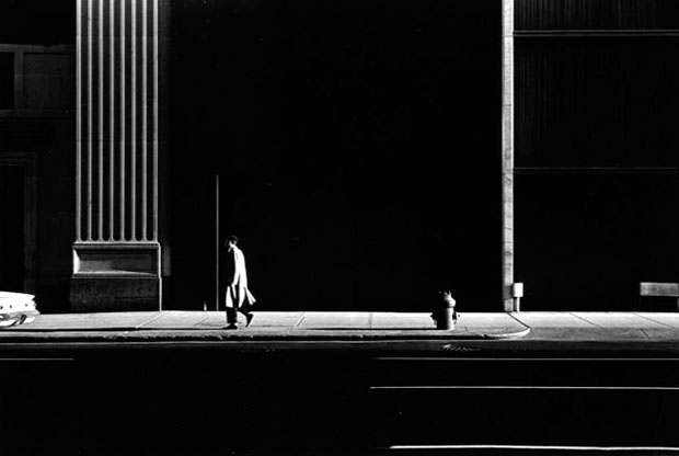 nuncalosabre.Luz y Sombra | ©Ray K. Metzker