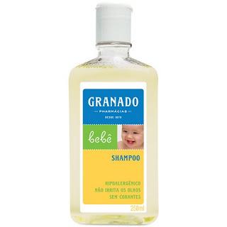Shampoo neutro tradicional de bebê.