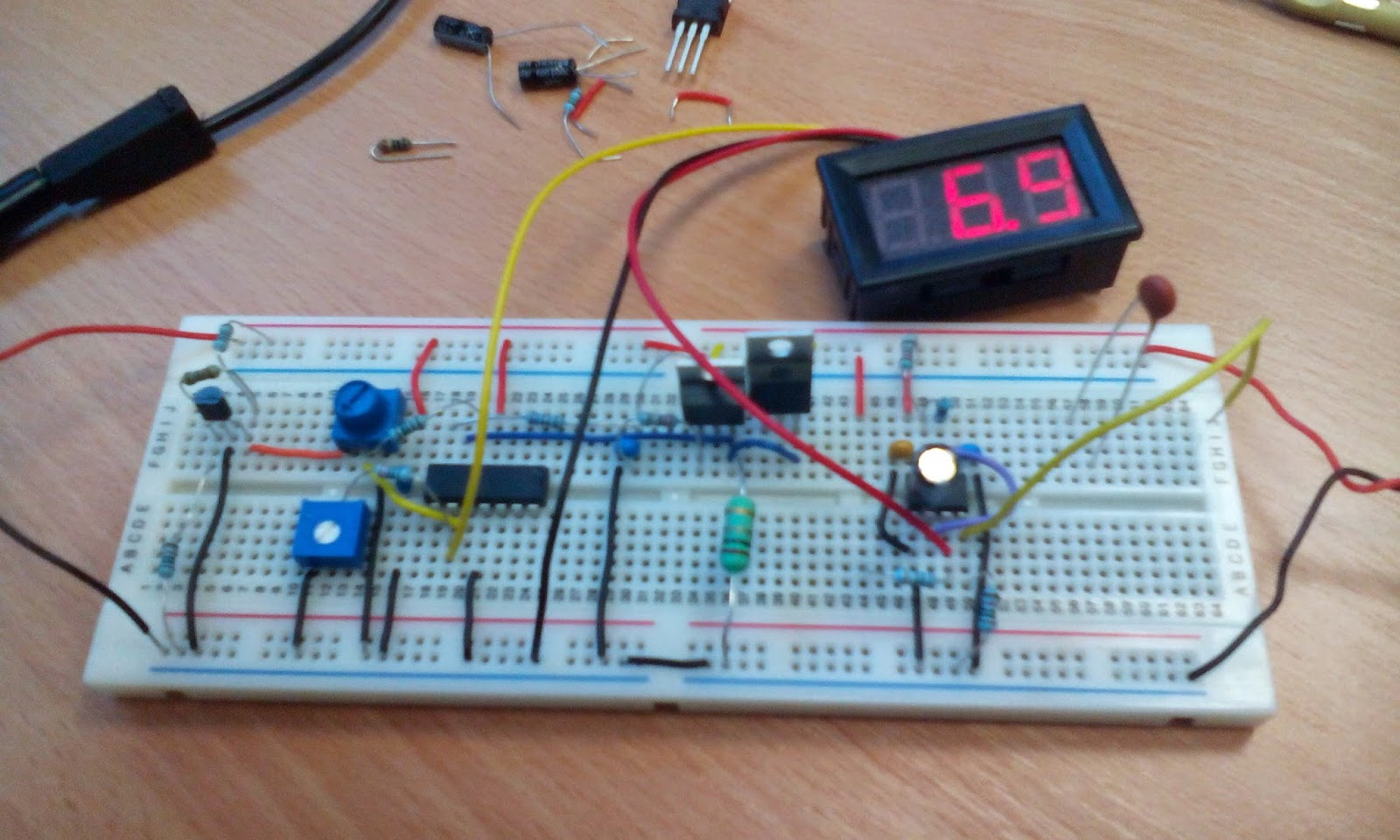 Trons Workshop May 2015 Lm317 Lm338 Lm350 Voltage Regulator Calculator Schematic The Circuit