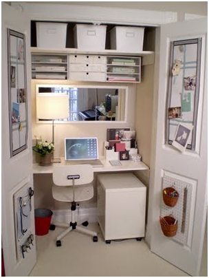 DESK INSIDE THE CLOSET OF YOUR BEDROOM