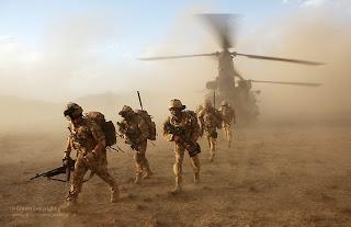 http://4.bp.blogspot.com/-oRNSC_dFeyk/UObg8aeab9I/AAAAAAAAaps/y4SerdkX-bs/s1600/afeganist%C3%A3o.bmp