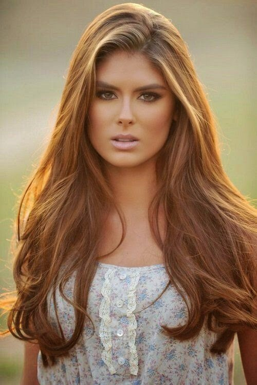 Light golden Brown Hair With Highlights