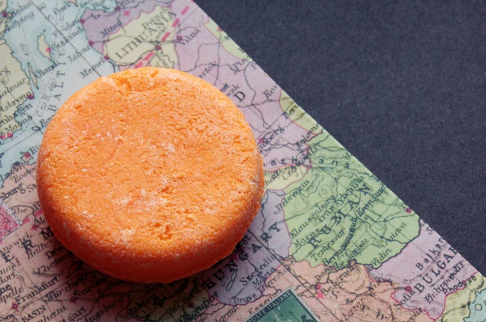 FIRST IMPRESSIONS: Lush 'Braziliant' Shampoo Bar and 'Jungle' Solid Conditioner Review