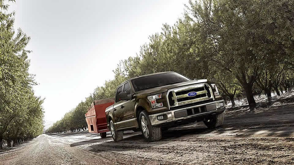 Aluminum 2015 Ford F-150 Loses Weight All Over