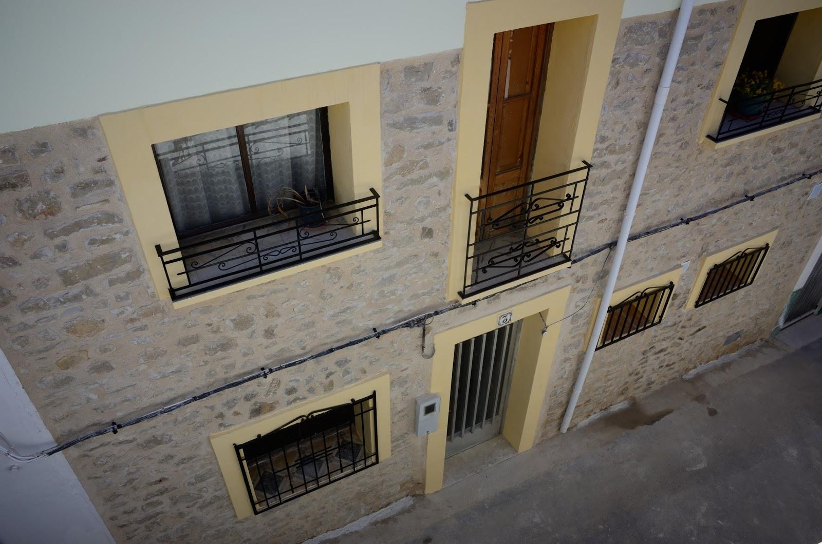 repeindre une facade repeindre une facade travaux ext rieur ravalement de fa ade travaux de. Black Bedroom Furniture Sets. Home Design Ideas
