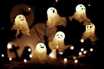 Làm ma trang trí Halloween