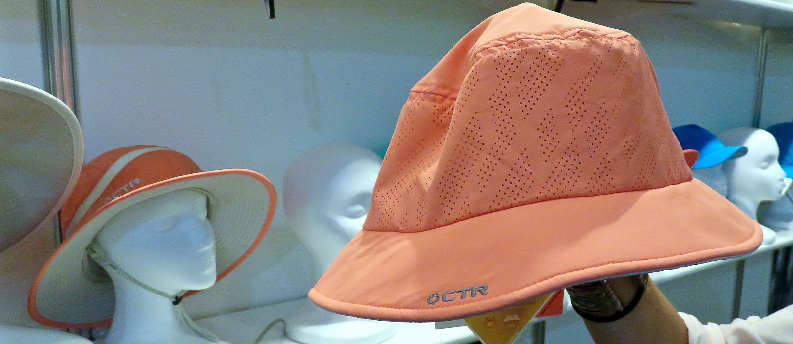 SUMMIT Ladies airy bucket hat UPF 40+ packable with flop-able brim 51c1b21cc2d8