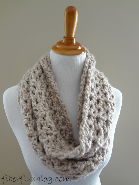 Fiber flux free crochet patternvement infinity scarf or in long loops like a necklace dt1010fo