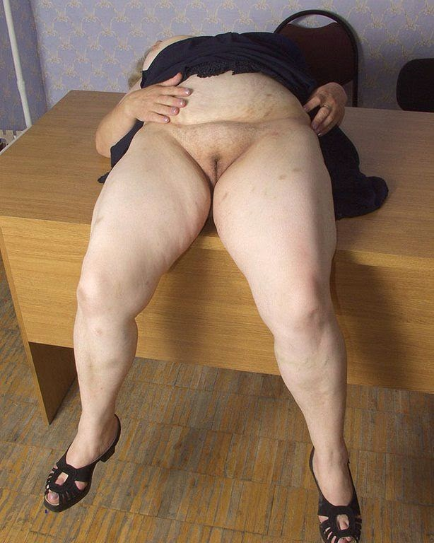 Hairy pussy and fat mature ass