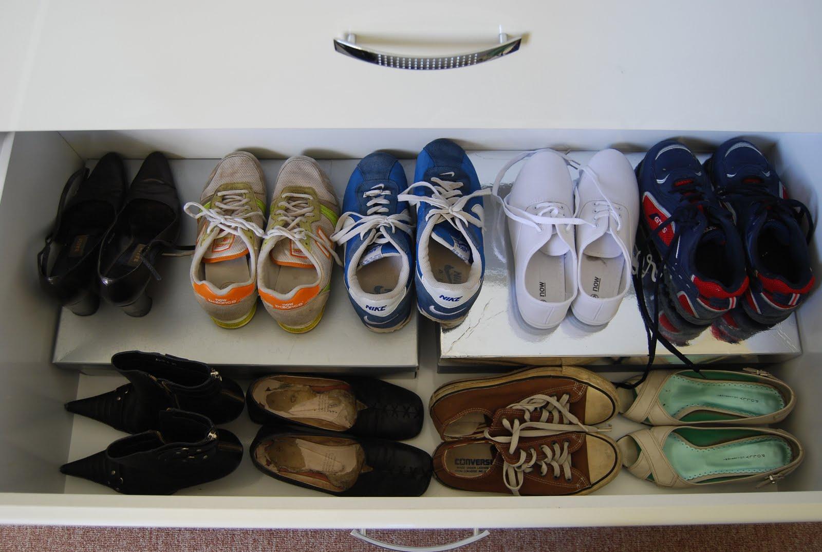 Minimalist Wardrobe Shoes Minimalist Wardrobe Shoes