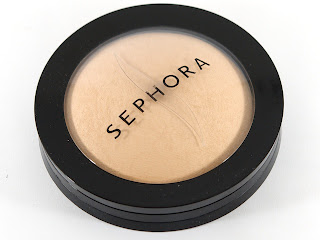 Sephora MicroSmooth face powder - alt goth industrial fashion and beauty - Raivyn dK - alt models