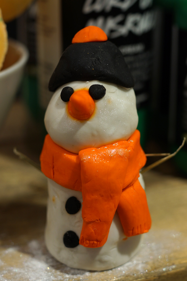 Hello Freckles LUSH Christmas 2015 Fun Snowman