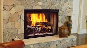 para crear un ambiente de estilo rustico nada mejor que construir una chimenea rustica ya que esto da un estilo campestre en tu saln