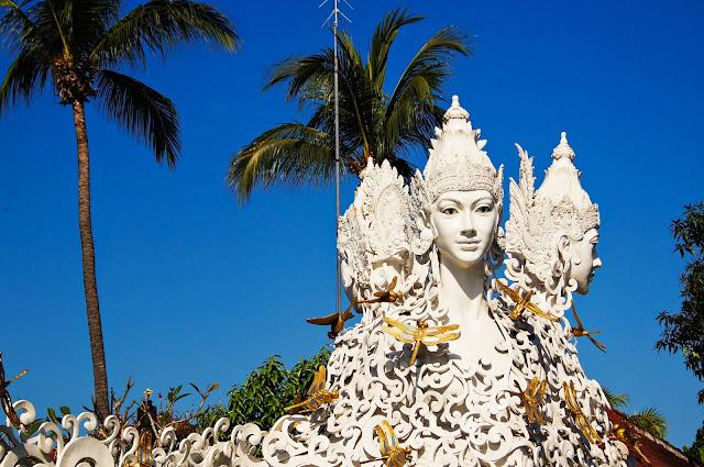 escultura balinesa
